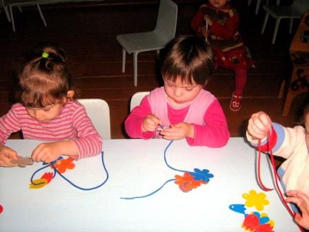 Дети мастерят