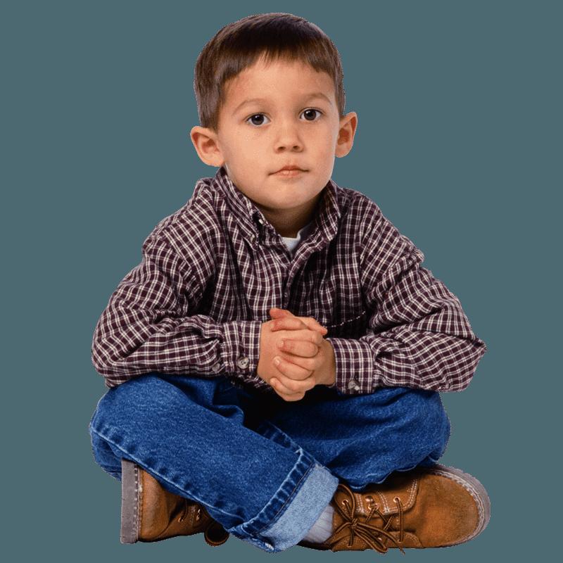 Ребенок сидит