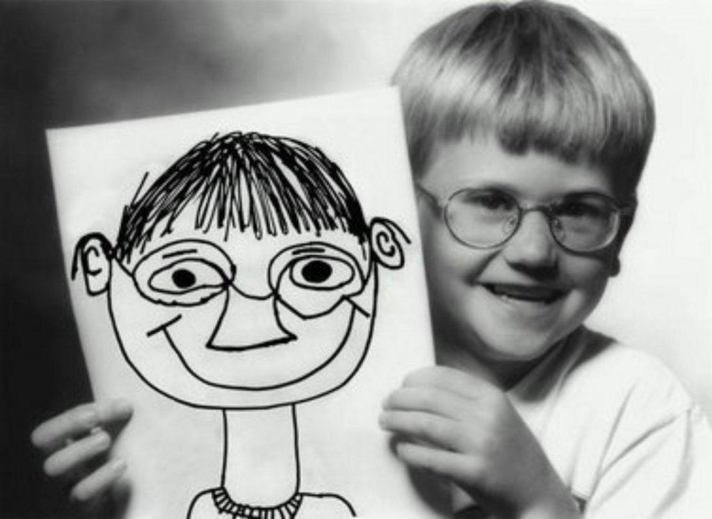 Ребенок с изображением