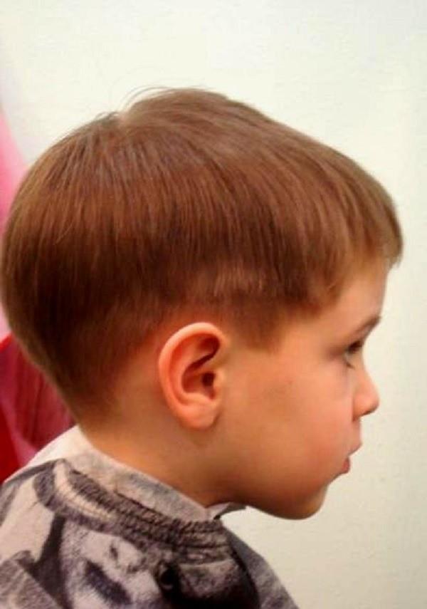 V-образный hairstyle